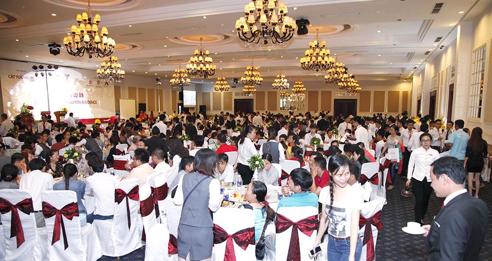 cat tuong phu nguyen thu hut 1000 nguoi tham du (1)