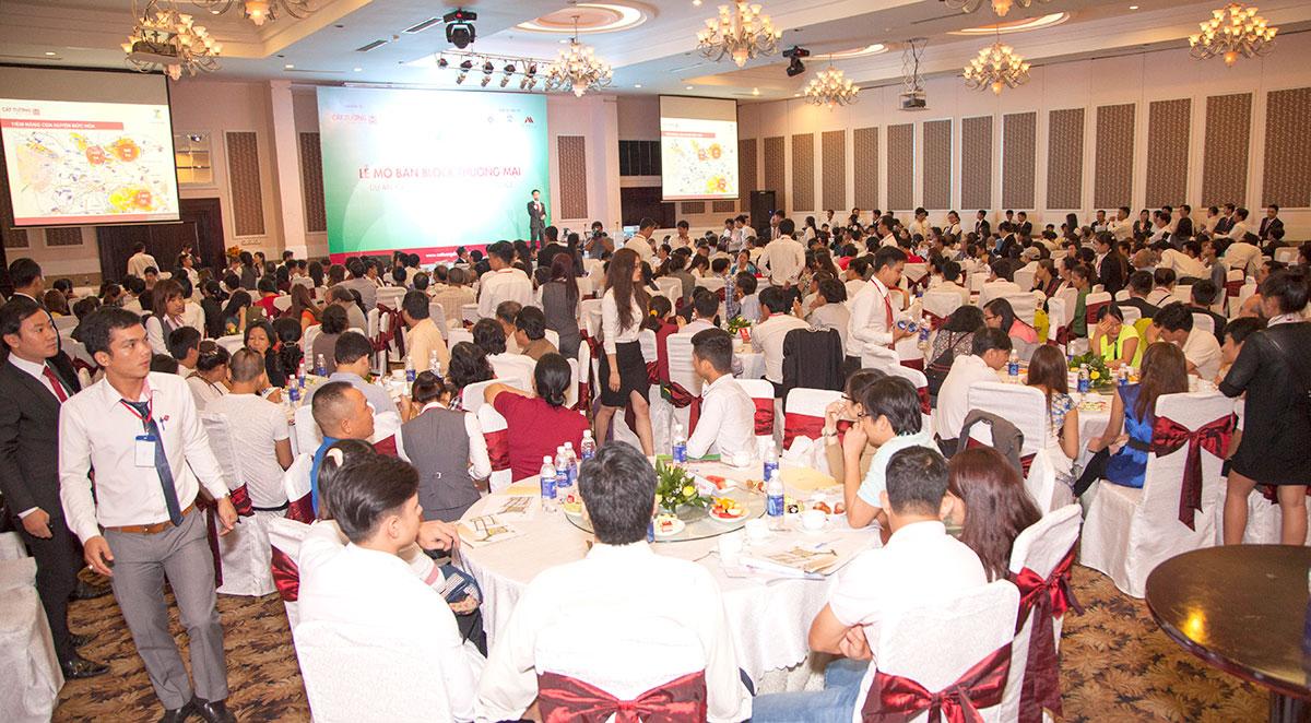 mo ban bloc thuong mai cat tuong phu nguyen (11)