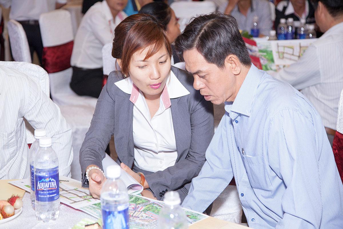 mo ban bloc thuong mai cat tuong phu nguyen (2)